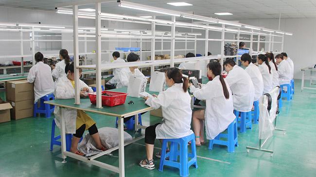 注塑厂家为大家分享塑料制品成型控制压力的技巧
