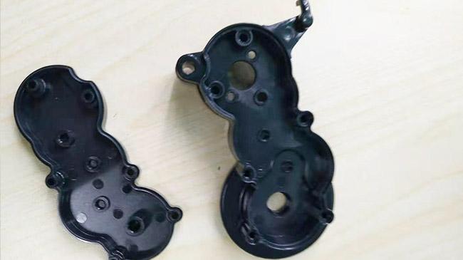 环科注塑加工厂家分析PC/ABS注塑加工经常出现的问题