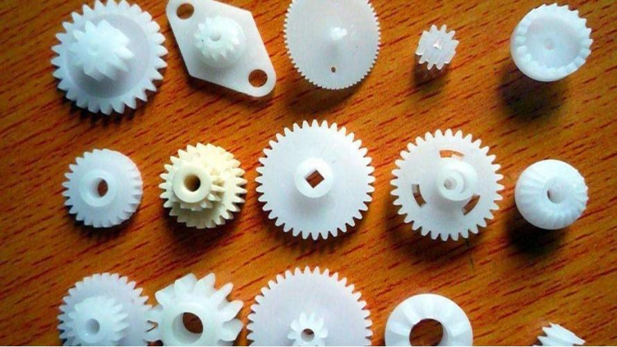 透明塑料注塑过程中应注意的问题