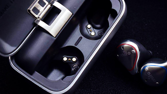 环科精密蓝牙耳机模具注塑件合作案例
